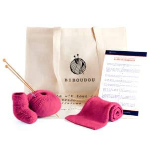kit chaussons et écharpe biboudou rose fushia